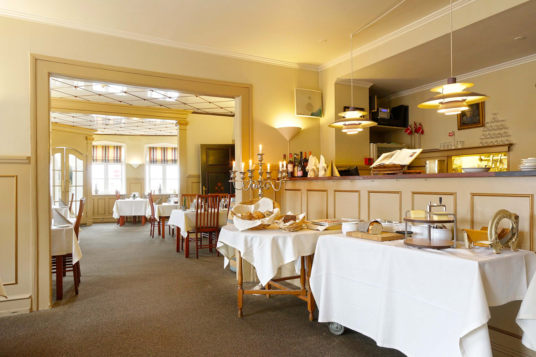 Restaurant10.